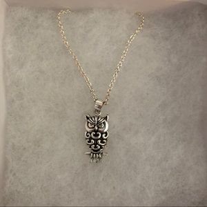 Jewelry - Silver Owl Necklace